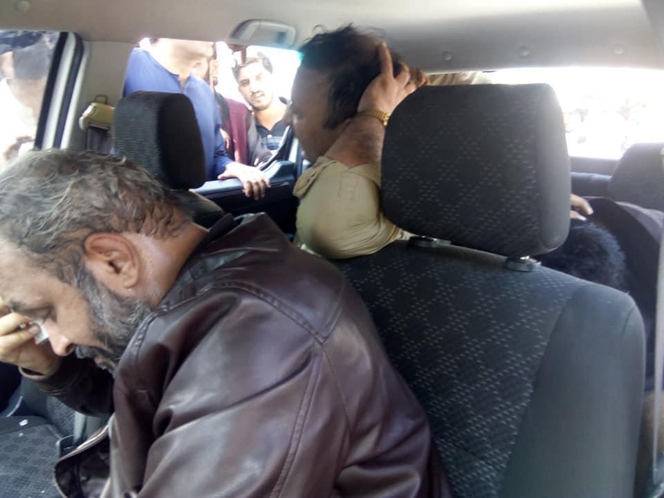 وہ نا معلوم افراد جنھیں اغواء کی ناکام کوشش کے بعد تشدد کا نشانہ بنایا گیا
